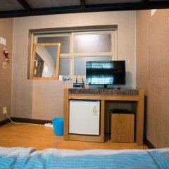 Beewon Guest House - Hostel Кровать в мужском общем номере с двухъярусной кроватью фото 7