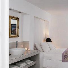 Отель La Maltese Estate, Buddha-Bar Beach Santorini 5* Представительский номер с различными типами кроватей фото 4
