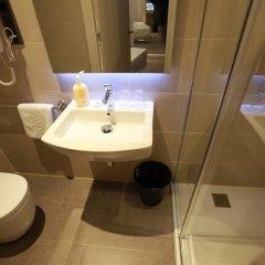 Отель Hostal Plaza Goya Bcn Стандартный номер фото 9