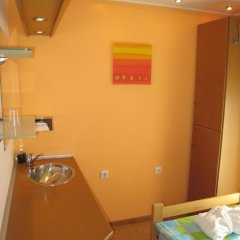Spirit Hostel and Apartments Стандартный номер с различными типами кроватей (общая ванная комната) фото 9