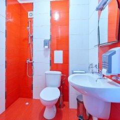 Отель Petar and Pavel Hotel & Relax Center Болгария, Поморие - отзывы, цены и фото номеров - забронировать отель Petar and Pavel Hotel & Relax Center онлайн ванная фото 2