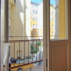 Отель Klementinum apartment Чехия, Прага - отзывы, цены и фото номеров - забронировать отель Klementinum apartment онлайн балкон