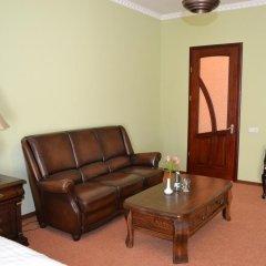 Гостиница U Dominicana Украина, Каменец-Подольский - отзывы, цены и фото номеров - забронировать гостиницу U Dominicana онлайн комната для гостей фото 2