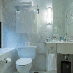 Hotel Le St-James Montréal 5* Улучшенный номер с различными типами кроватей