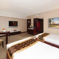 Hotel Beverly Plaza 3* Улучшенный номер с разными типами кроватей