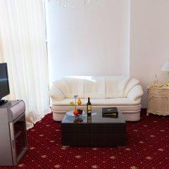 Гостиница Golden Люкс с двуспальной кроватью фото 21