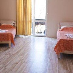 Отель Ulpia House Стандартный номер с двуспальной кроватью (общая ванная комната) фото 2