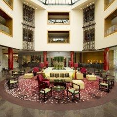 Отель Hilton Beijing 4* Номер Делюкс с различными типами кроватей фото 4