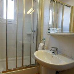 Отель Esplugues Испания, Эсплугес-де-Льобрегат - отзывы, цены и фото номеров - забронировать отель Esplugues онлайн ванная фото 2