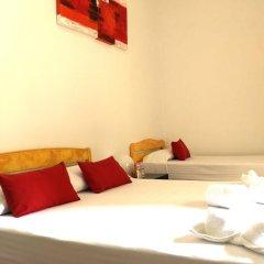 Отель La Palmera Hostal Стандартный номер фото 6
