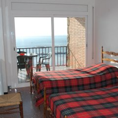 Отель Monaco 3017 Испания, Курорт Росес - отзывы, цены и фото номеров - забронировать отель Monaco 3017 онлайн комната для гостей фото 3