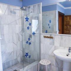 Отель White Nest Стандартный семейный номер с различными типами кроватей фото 4