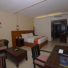 Отель Best Western Resort Kuta 3* Улучшенный номер с различными типами кроватей фото 5