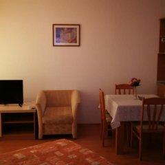 Отель Yassen VIP Apartaments комната для гостей фото 4