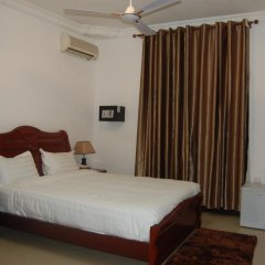 Kingsbridge Royale Hotel 3* Стандартный номер с различными типами кроватей фото 4