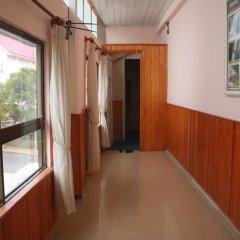Отель Gold Night 2* Кровать в общем номере фото 5