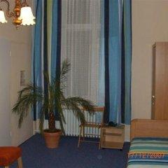 Hotel Pension Rheingold 2* Стандартный номер с различными типами кроватей фото 9