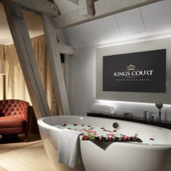 Hotel Kings Court 5* Люкс с различными типами кроватей фото 2