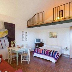 Отель Il Polveraio Agriturismo Lucia Монтескудаио комната для гостей фото 2