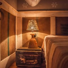 Отель Cob camp Ихтиман интерьер отеля фото 3