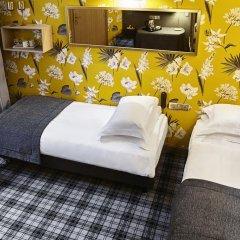 Отель Hôtel Saint Paul Rive Gauche 4* Стандартный семейный номер с двуспальной кроватью фото 3