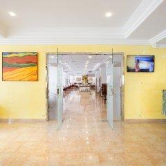 Отель Biniamar интерьер отеля фото 5