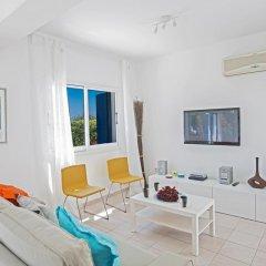 Отель Narcissos Bay View Villa Кипр, Протарас - отзывы, цены и фото номеров - забронировать отель Narcissos Bay View Villa онлайн комната для гостей фото 2