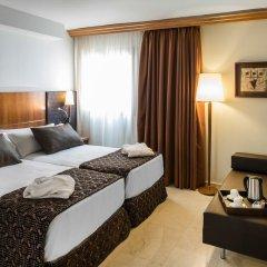Отель Catalonia Barcelona Golf 3* Улучшенный номер с различными типами кроватей фото 2