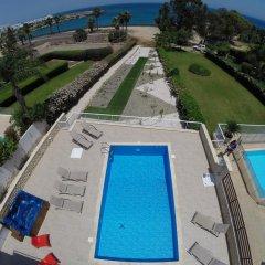 Отель Shaye Frontline Villa Кипр, Протарас - отзывы, цены и фото номеров - забронировать отель Shaye Frontline Villa онлайн бассейн фото 2