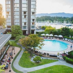 Отель The Westin Bayshore Vancouver Канада, Ванкувер - отзывы, цены и фото номеров - забронировать отель The Westin Bayshore Vancouver онлайн бассейн фото 2