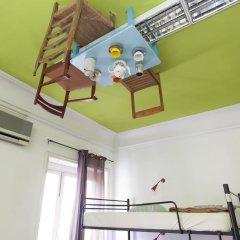 Urban Garden Hostel Кровать в общем номере с двухъярусной кроватью фото 7
