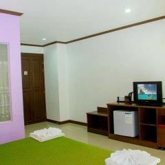 Hawaii Patong Hotel 3* Улучшенный номер с двуспальной кроватью фото 9