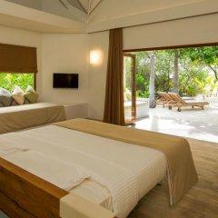 Отель Cocoon Maldives 5* Вилла с различными типами кроватей фото 5