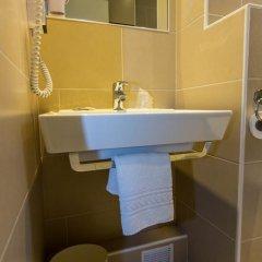 Отель Brit Hôtel Abc Champerret 2* Стандартный номер с различными типами кроватей фото 4