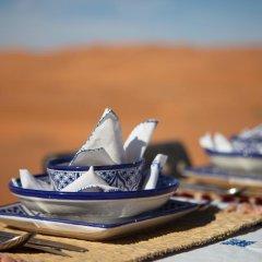Отель Desert Luxury Camp Марокко, Мерзуга - отзывы, цены и фото номеров - забронировать отель Desert Luxury Camp онлайн балкон