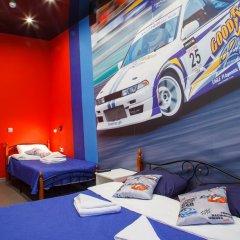 Hostel Racing Paradise Стандартный номер с различными типами кроватей фото 37