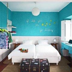 Отель Chill in Ericeira Surf House комната для гостей фото 2