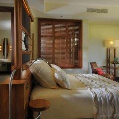 Отель Beachcomber Trou aux Biches Resort & Spa 5* Полулюкс с различными типами кроватей фото 4