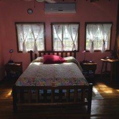 Отель Tirina's Writer's Retreat комната для гостей фото 2
