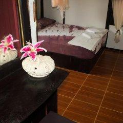 Leaf House Bungalow - Hostel Бунгало с различными типами кроватей фото 10