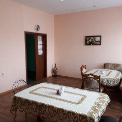 Гостиница Absolut Inn в Барнауле отзывы, цены и фото номеров - забронировать гостиницу Absolut Inn онлайн Барнаул комната для гостей фото 2