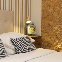 Отель Flores Guest House 4* Стандартный номер с двуспальной кроватью фото 29
