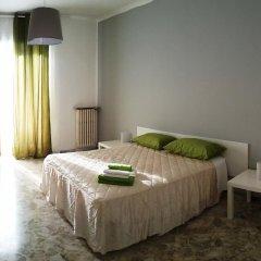 Отель B&B Cavour 124 Номер с общей ванной комнатой фото 6