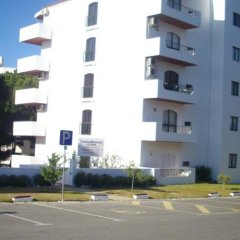 Отель Apartamentos Leziria Португалия, Виламура - отзывы, цены и фото номеров - забронировать отель Apartamentos Leziria онлайн парковка
