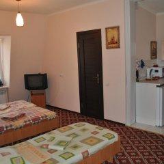 Гостиница Gostinnyy Dom na Kuznechnoy Улучшенный номер с различными типами кроватей фото 4