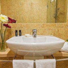 Отель HF Tuela Porto 3* Стандартный номер с различными типами кроватей фото 3