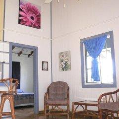 Отель The Gardens Utila Гондурас, Остров Утила - отзывы, цены и фото номеров - забронировать отель The Gardens Utila онлайн интерьер отеля