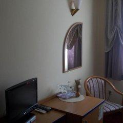 Отель Galerija 3* Стандартный номер с двуспальной кроватью фото 8