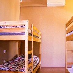 Хостел U Стандартный семейный номер с двуспальной кроватью фото 6