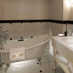 Pera Palace Hotel 5* Студия Grand pera с различными типами кроватей фото 4
